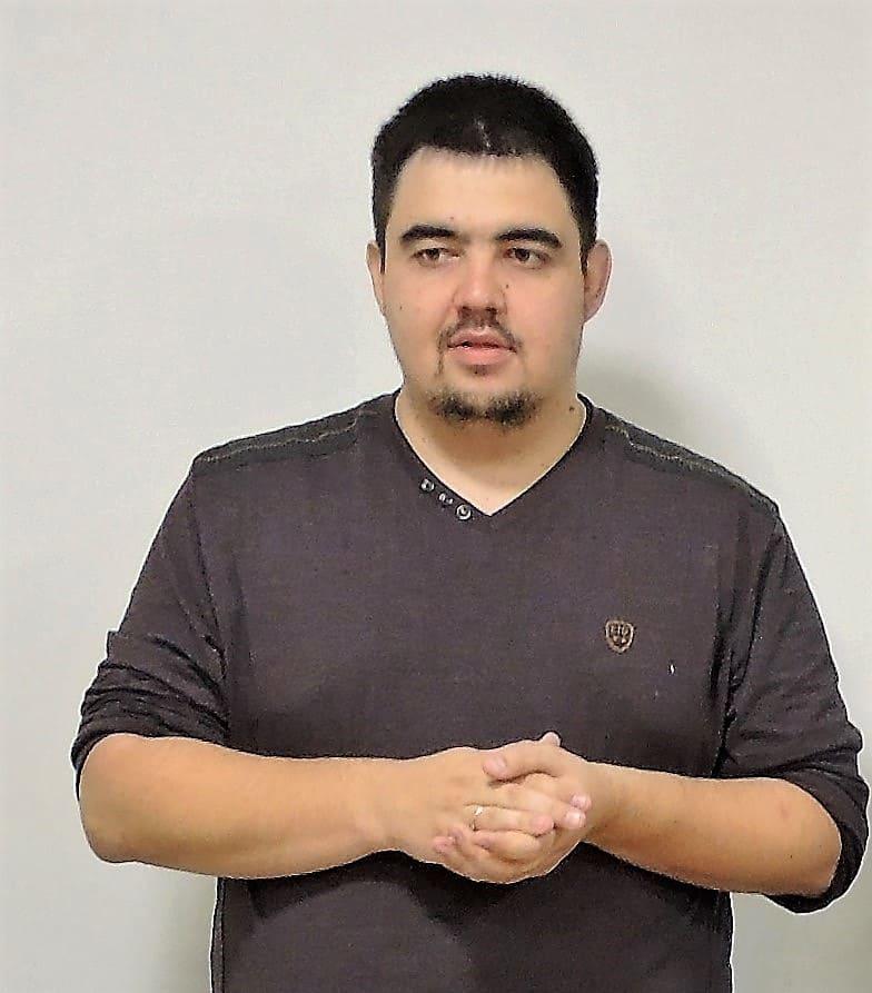 Член президиумов шахматных федераций Ростова, Ростовской области и ЮФО, руководитель клуба «Наставник» Олег МИЛУШЕВ