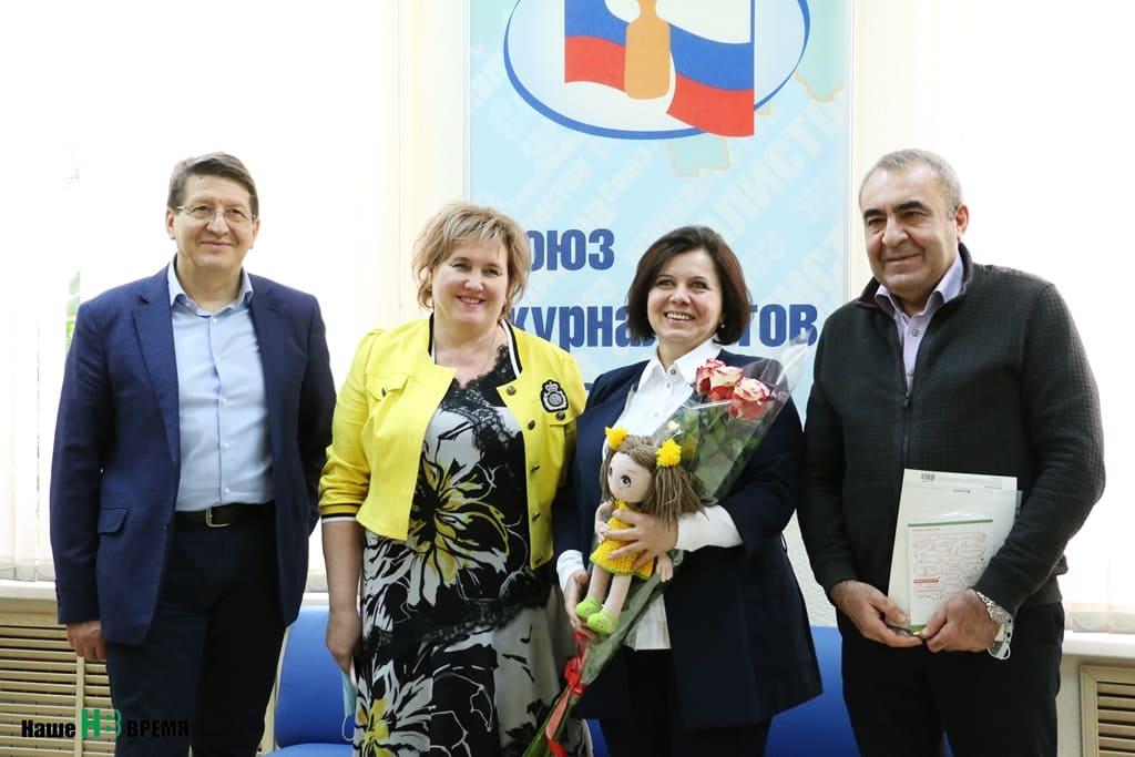 Свое девятилетие благотворительный фонд «Дарина» отметил, собрав в областном Доме журналистов своих друзей и помощников